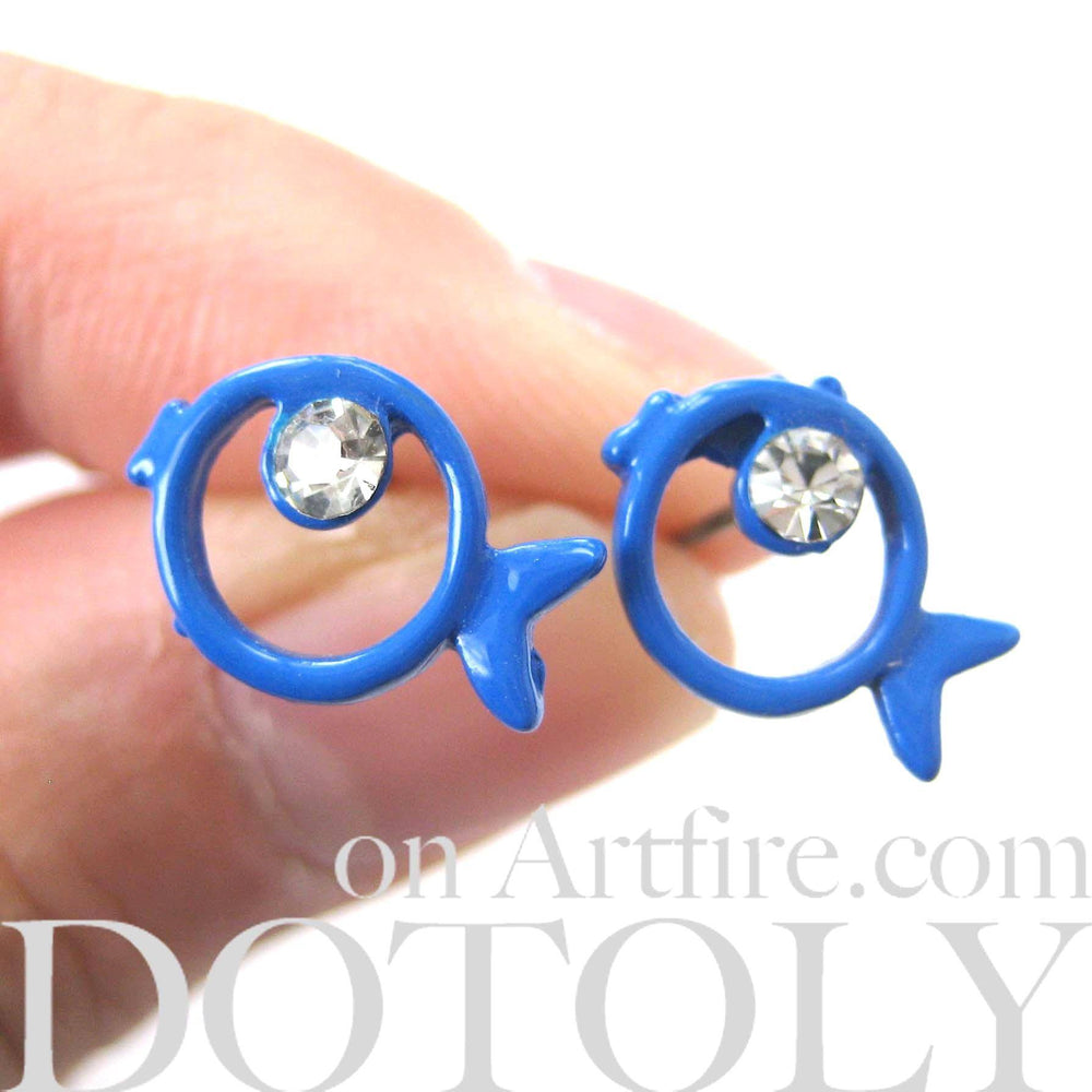 Round Fish Shaped Outline Stud Earrings in Blue with Rhinestones | DOTOLY