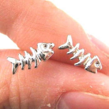 Small Fishbone Fish Skeleton Shaped Stud Earrings in Silver | DOTOLY