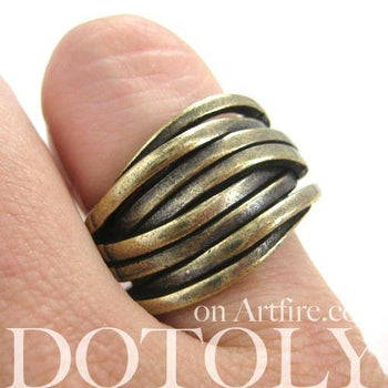 Unique Abstract Wavy Woven Spoon Ring in Brass | DOTOLY | DOTOLY