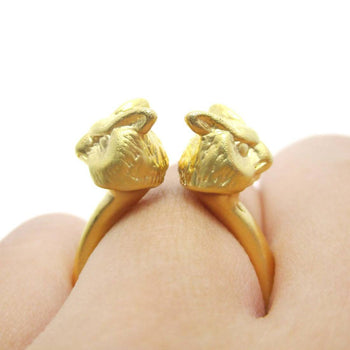 3D Double Owl Bird Head Shaped Sleek Ring in Gold