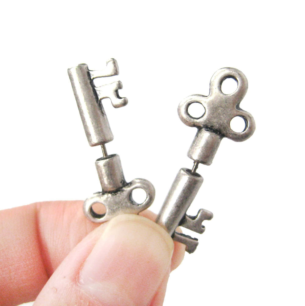 fake-gauge-earrings-antique-key-shaped-faux-plug-stud-earrings-in-silver
