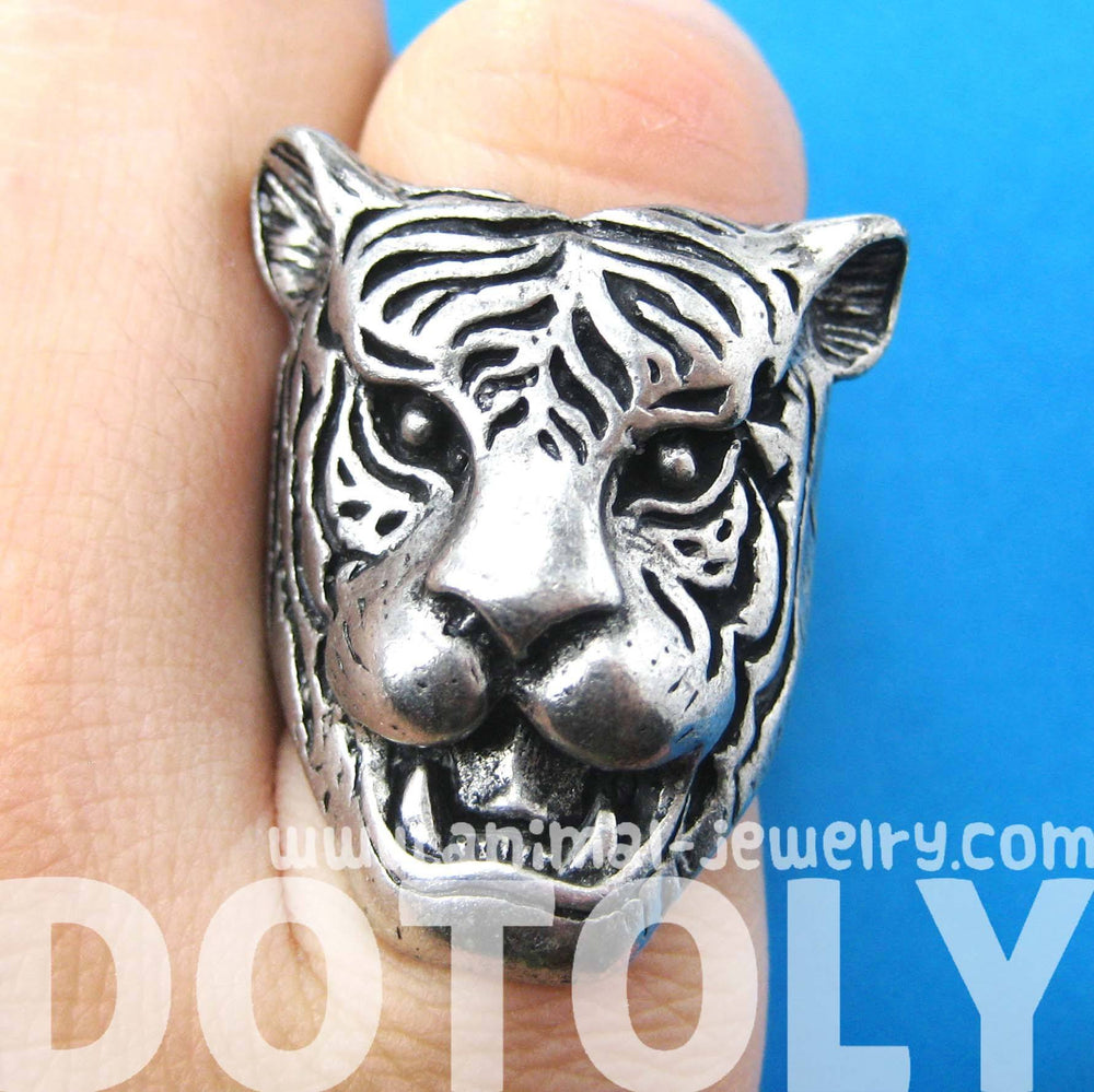 Fierce Tiger Lion Shaped Animal Ring in Silver with Animal Print Details | DOTOLY | DOTOLY