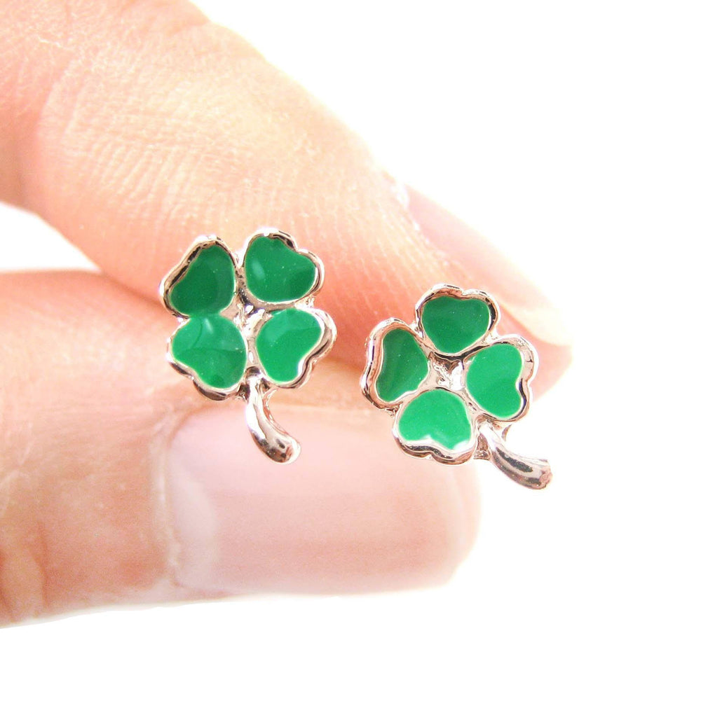 Four Leaf Clover Shaped Lucky Floral Stud Earrings in Green | DOTOLY | DOTOLY
