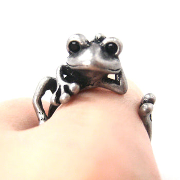 Funny Frog Animal Wrap Around Hug Ring in Silver - Size 4 to 9 Available | DOTOLY