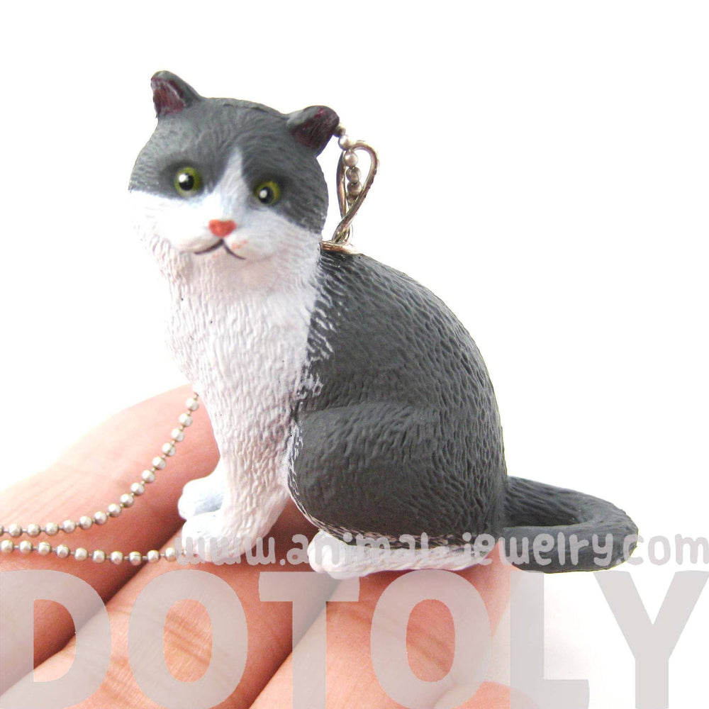 Grey and White Tabby Kitty Cat Animal Plastic Pendant Necklace | Animal Jewelry | DOTOLY