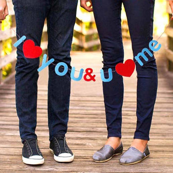 I Love You and You Love Me DIY Garland | Photo Booth Prop Wedding Decor | DOTOLY