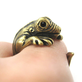Iguana Chameleon Animal Wrap Around Hug Ring in Brass | US Sizes 4 to 9 | DOTOLY