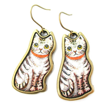 Illustrated Grey and White Tabby Kitty Cat Animal Dangle Earrings | DOTOLY | DOTOLY