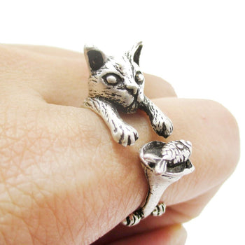 Kitty Cat Eating Fish Shaped Animal Wrap Ring in Silver | US Sizes 7 to 9 | DOTOLY