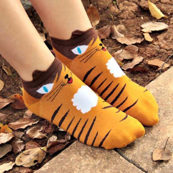 Kitty Cat Face Print Animal Ankle Socks for Women in Mustard Yellow | DOTOLY | DOTOLY