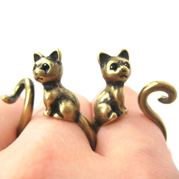 Kitty Cat Right Facing Animal Wrap Around Ring in Brass - Sizes 5 to 9 Available | DOTOLY