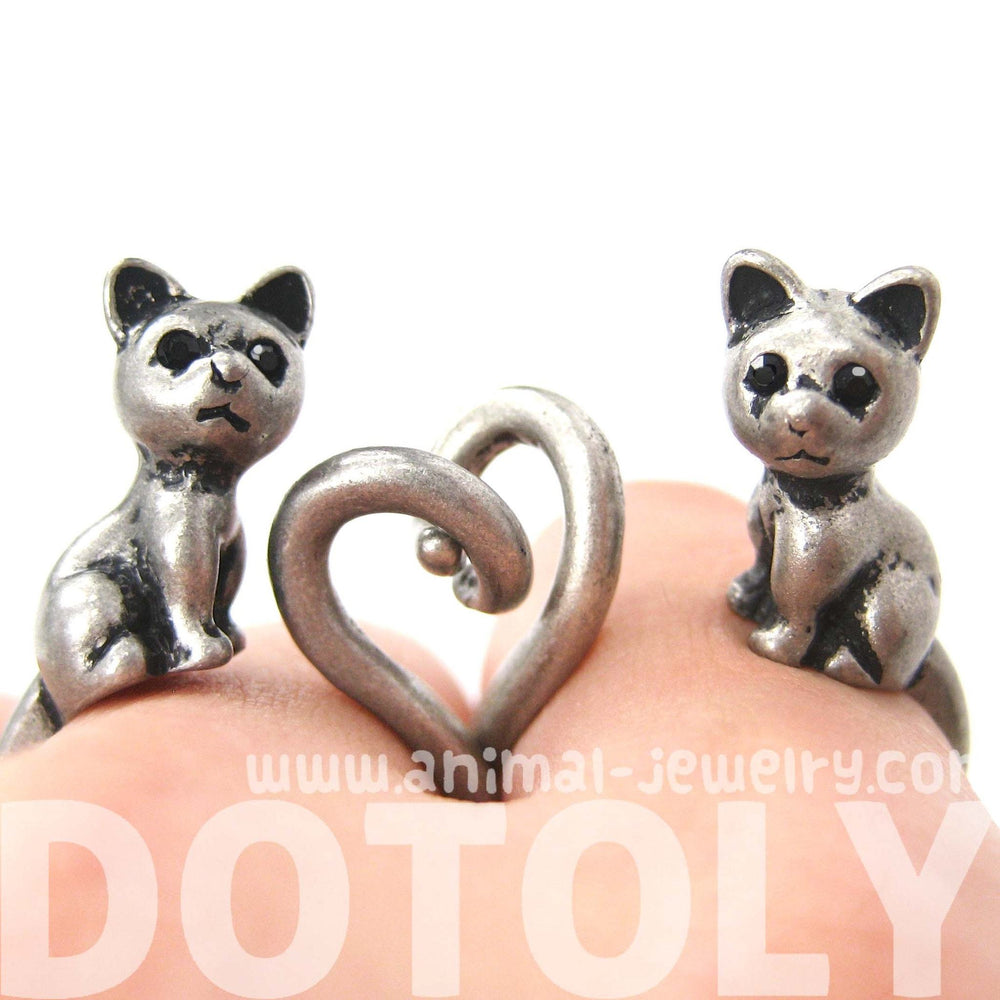 Kitty Cat Right Facing Animal Wrap Around Ring in Silver - Sizes 5 to 9 Available | DOTOLY
