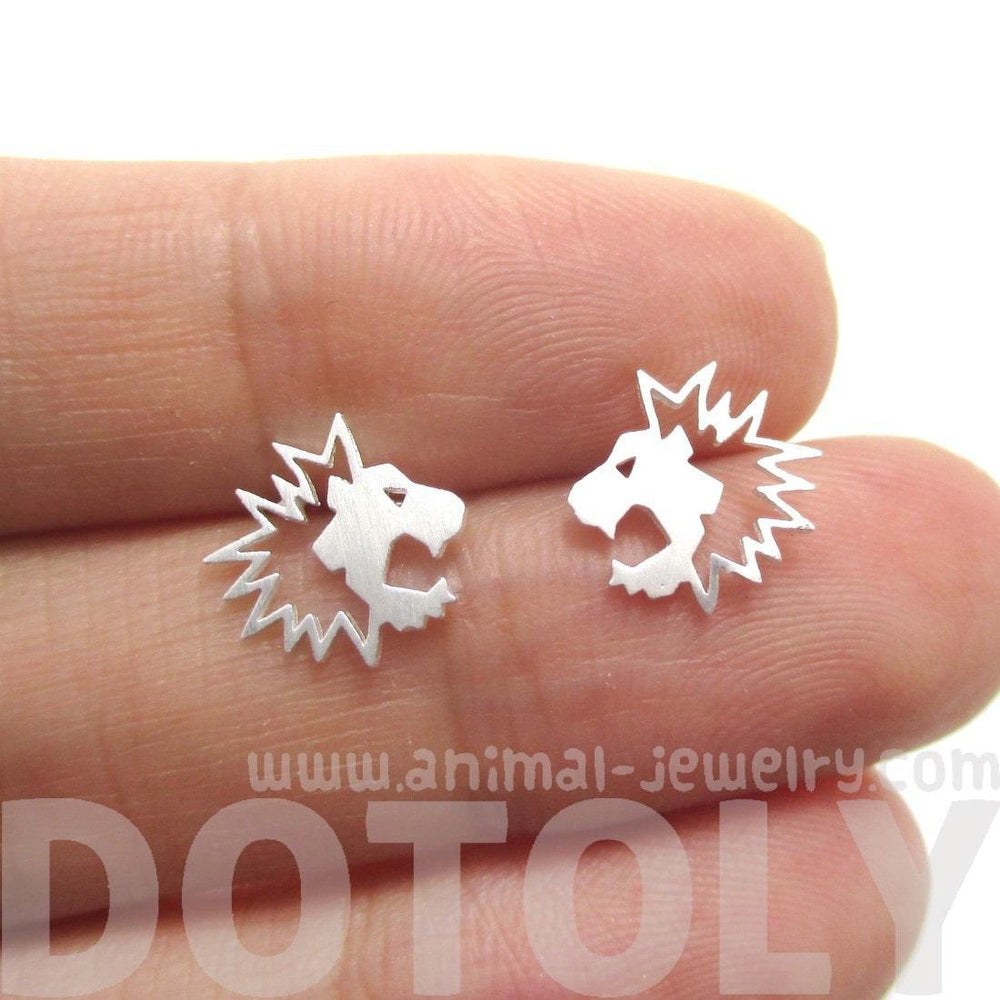Lion Face Shaped Animal Cut Out Stud Earrings in Silver | Animal Jewelry | DOTOLY