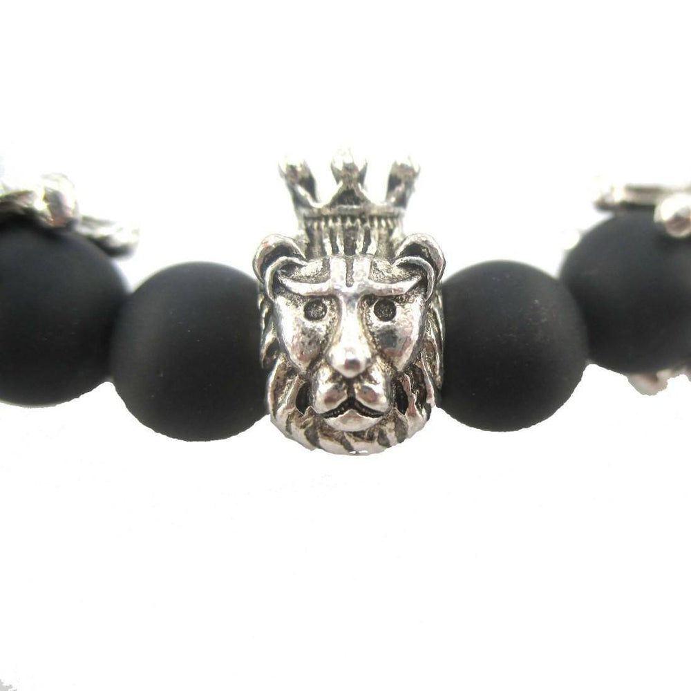 Lion King of The Jungle Stretchy Black Beaded Bracelet in Silver