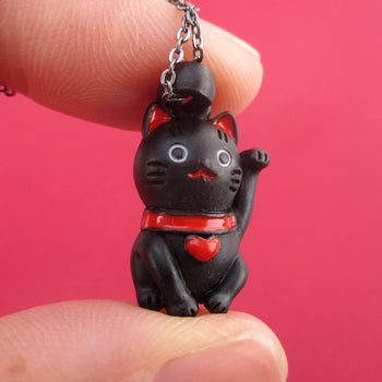 Lucky Fortune Cat Japanese Beckoning Kitty Maneki-neko Pendant Necklace