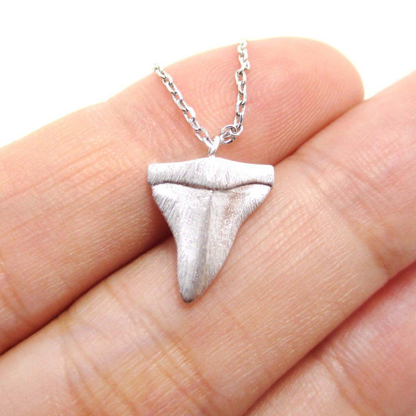 Mini Shark Tooth Boho Pendant Necklace in Silver | Animal Jewelry