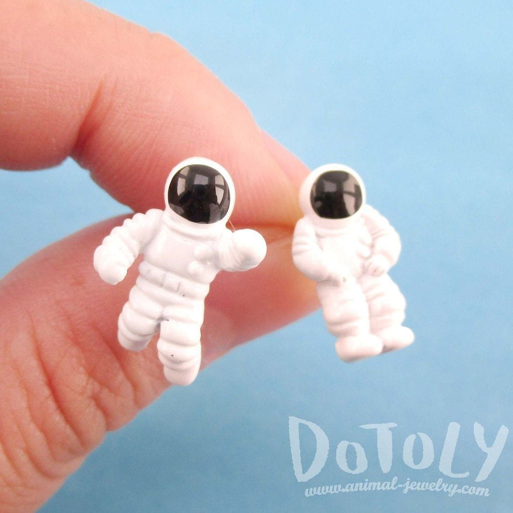 Miniature Astronauts Shaped Space Themed Stud Earrings in White | DOTOLY | DOTOLY