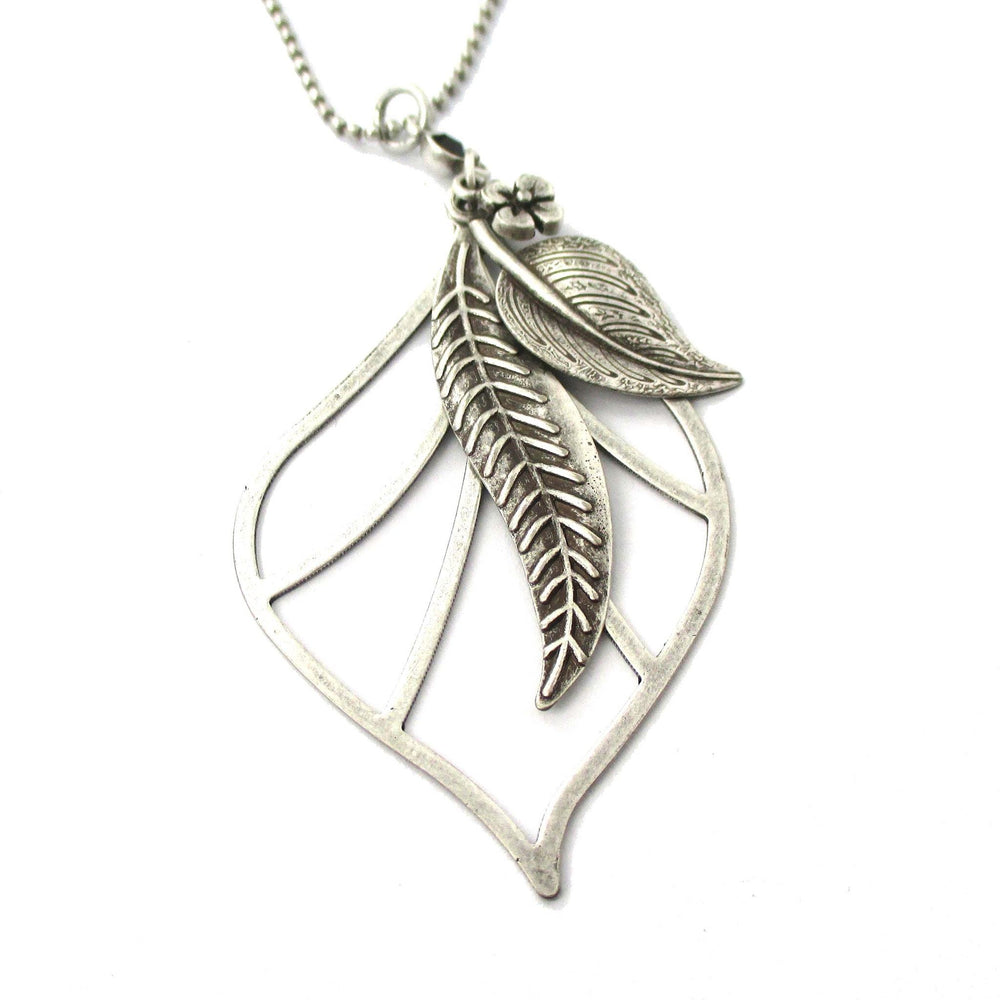 Mixed Floral Leaf Cut Out Shaped Pendant Necklace in Silver | DOTOLY | DOTOLY