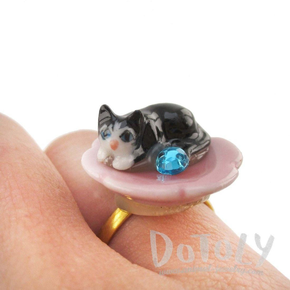 Porcelain Black Baby Kitty Cat Shaped Adjustable Animal Ring | DOTOLY