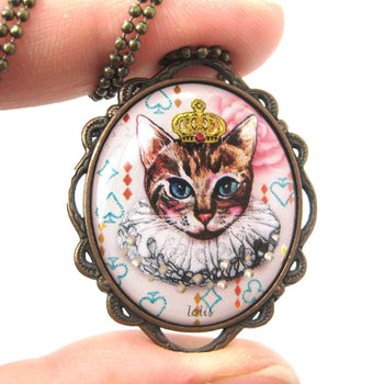 Princess Kitty Royal Cat Shaped Illustrated Oval Pendant Necklace | DOTOLY | DOTOLY