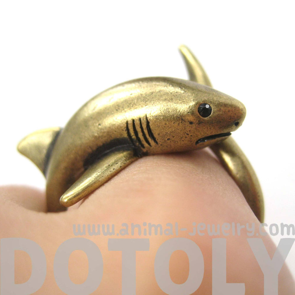 Shark Sea Animal Wrap Around Realistic Ring in Brass - Size 5 to 10 | DOTOLY