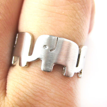Simple Elephant Family Parade Animal Ring in Silver - US Size 6 to 8 Available | DOTOLY