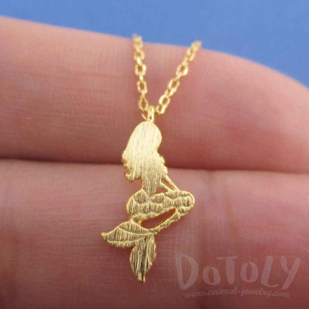 Mermaid Ariel Silhouette Shaped Pendant Necklace in Gold
