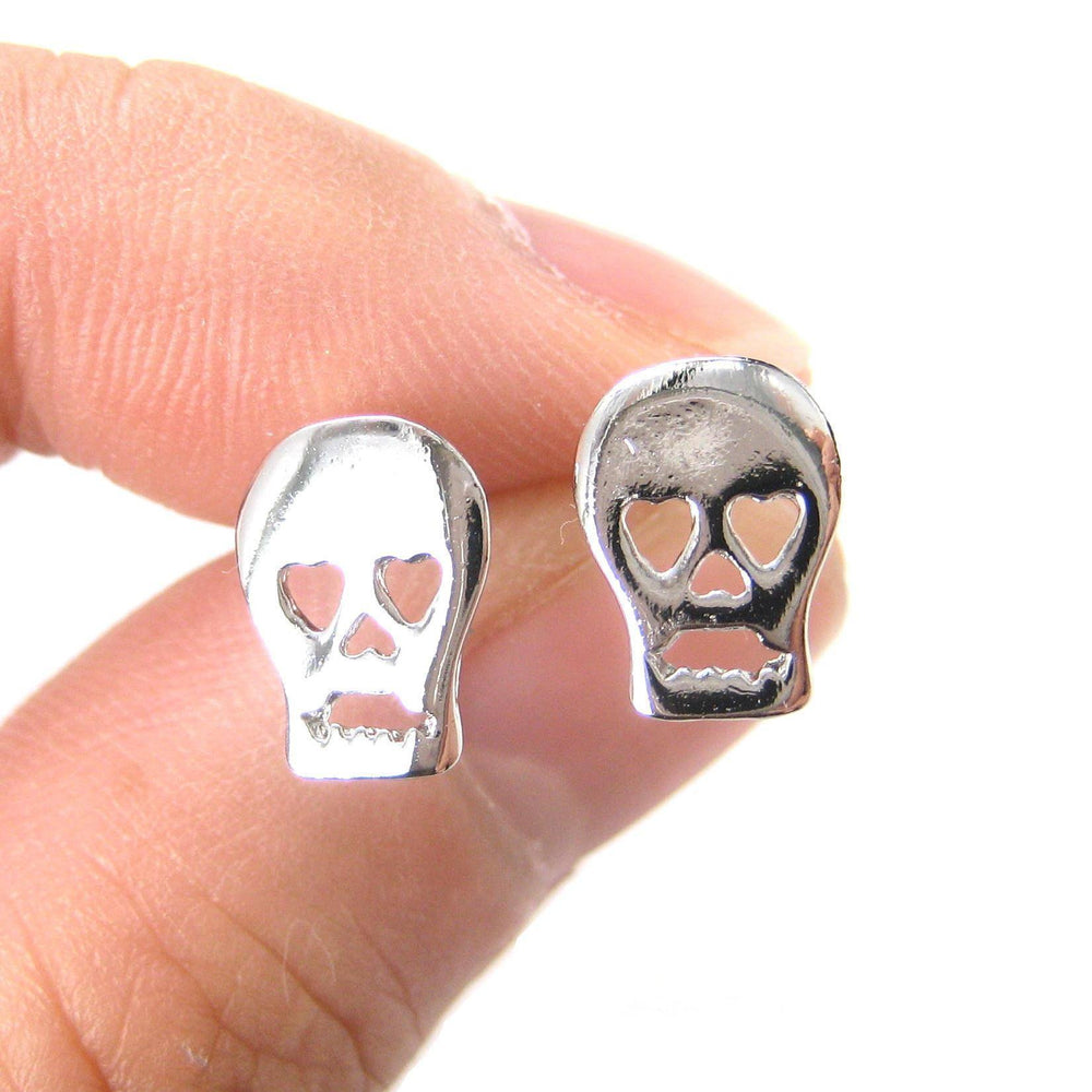 Skull Shaped Skeleton with Heart Shaped Eyes Stud Earrings in Silver | DOTOLY