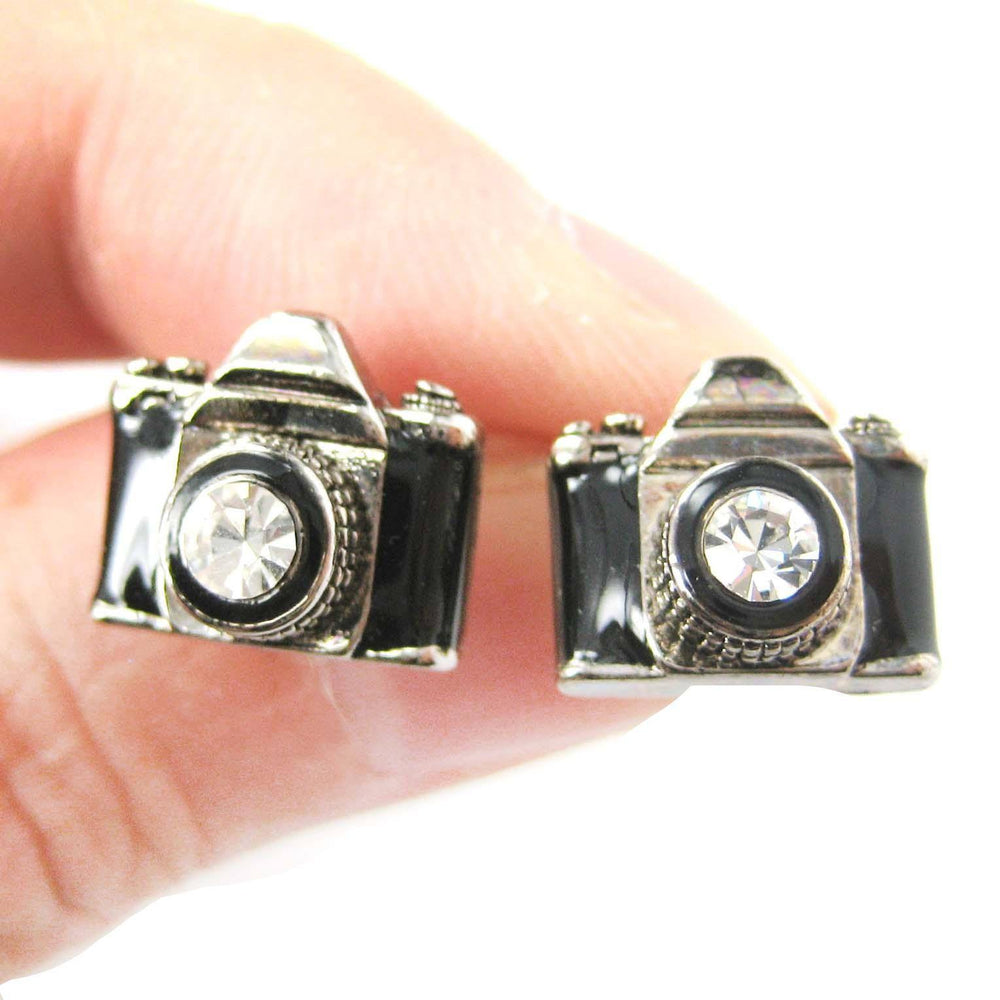 small-camera-photography-themed-stud-earrings-in-black-and-silver