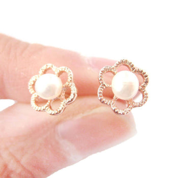 Small Floral Flower Shaped Stud Earrings in Rose Gold with Pearl Details | DOTOLY | DOTOLY