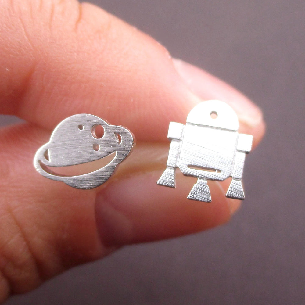 Space Astronaut Saturn Spaceship Shaped Sterling Silver Stud Earrings