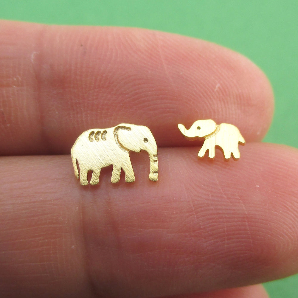 Tiny Mother & Baby Elephant Shaped Allergy Free Stud Earrings in Gold