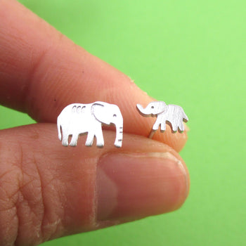 Tiny Mother Baby Elephant Shaped Allergy Free Stud Earrings in Silver