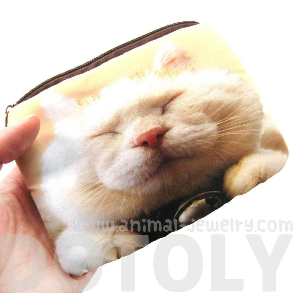 ... White Kitty Cat Tabby Face Digital Photo Print Animal Coin Purse Make  Up Bag  14737807532fd