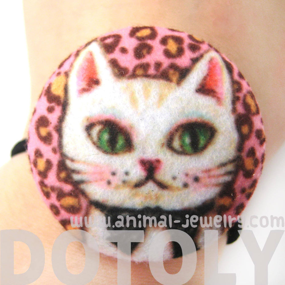 White Kitty Cat with Bow Tie Button Hair Tie Pony Tail Holder in Pink Felt | DOTOLY