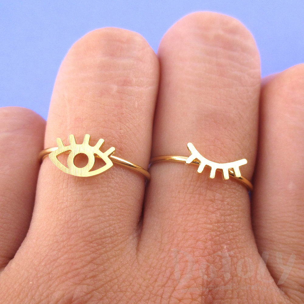 Wink Wink One Eye Open One Eye Closed Shaped 2 Piece Set Adjustable Rings in Gold