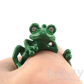Yoga Frog Shaped Animal Wrap Around Ring in Green | US Size 5 to 8 | DOTOLY