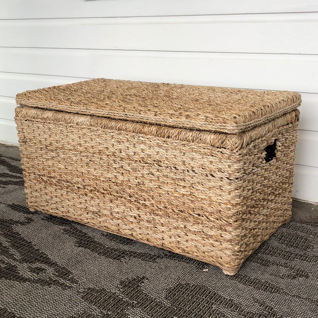 Wicker Banana Leaf Storage Trunk & Coffee Table