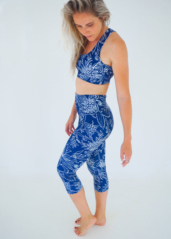 Midnight Oasis Cropped Leggings