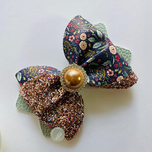 'Field of Dreams' Twist Bow