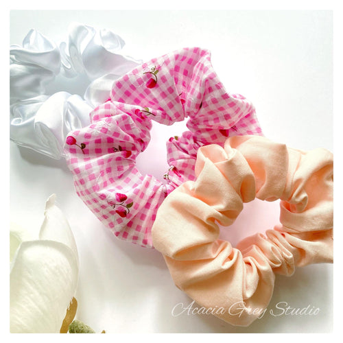 Scrunchie - 'Strawberry Kisses' Trio