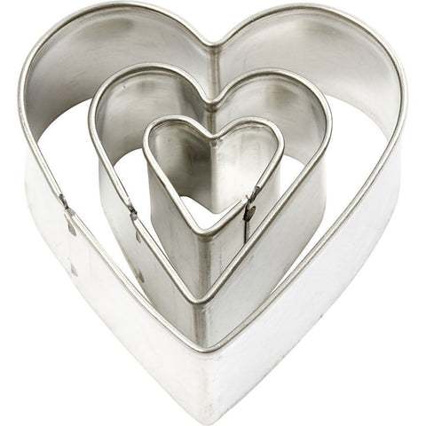 3 x Assorted Size Heart Shaped Metal Cookie Cutters Kitchen Accessories - Hobby & Crafts