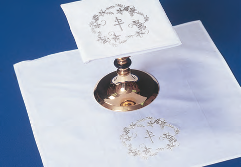 Washable Mass Linen Set: Chi Rho with Grapes and Leaves (Style 2006)