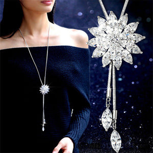 Zircon Snowflake Crystal Rhinestone Flower Pendant Necklace
