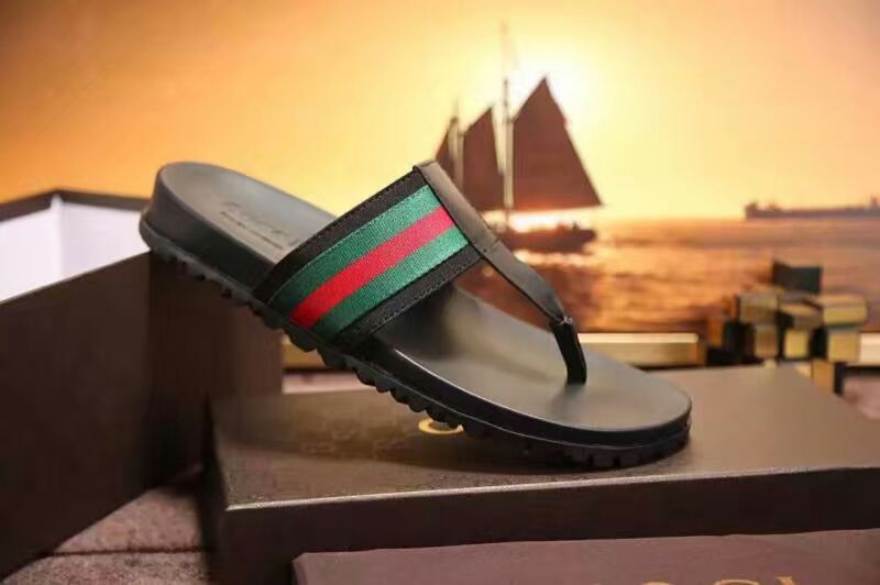 e0a6dfc5f48f Gucci man s slippers Finger - Shoes is my passion