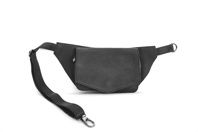 BAGSU design leather belt bag MUNA black - front view