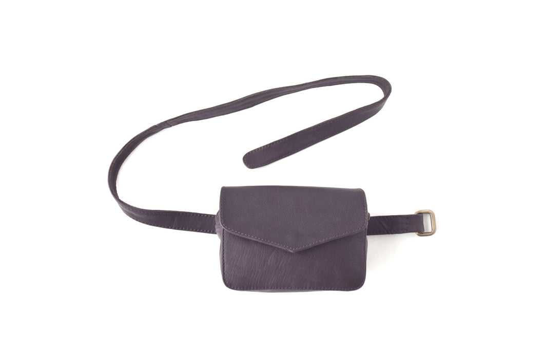 BAGSU design leather belt bag IMARA dark brown - front view
