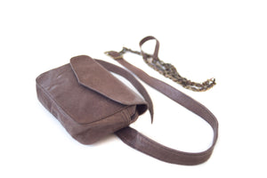 BAGSU design leather belt bag IMARA brown - floor view
