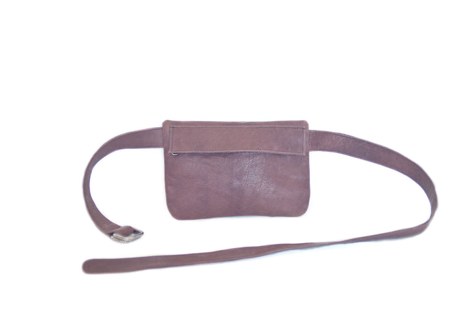 Small leather belt bag NINA | Chocolate