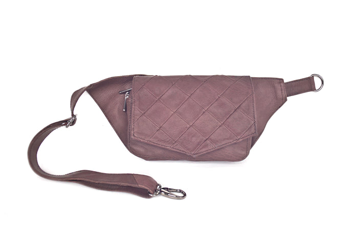 BAGSU design leather belt bag POLA chocolate - front view